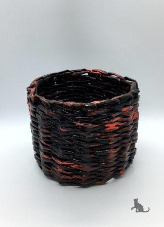 Korb schwarz rot